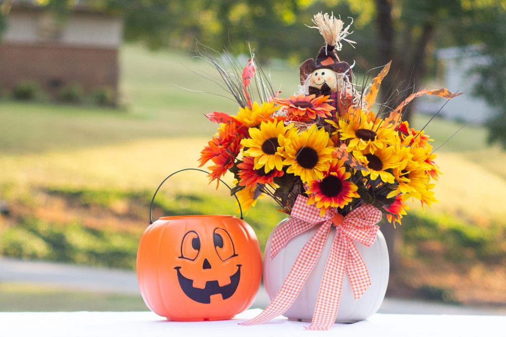 plastic pumpkin bucket makeover